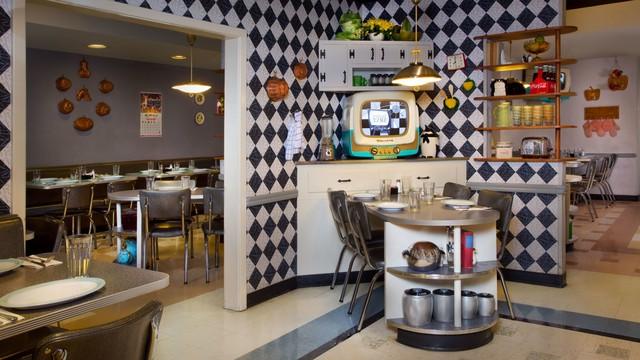 50s-prime-time-cafe-2